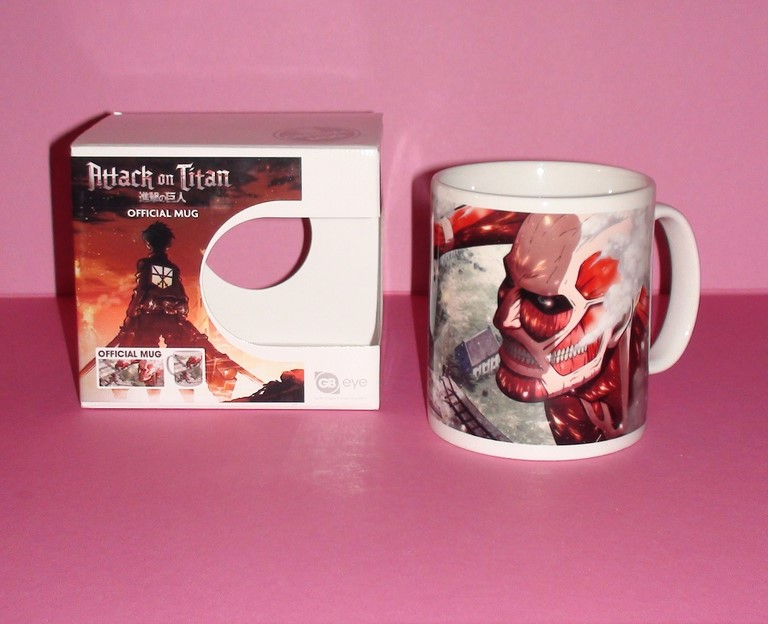 Mug Attack on Titan